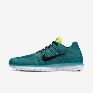 Nike Men's Running Shoe Free Flyknit - Size 10.5